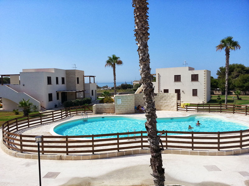 Residence with pool in Favignana